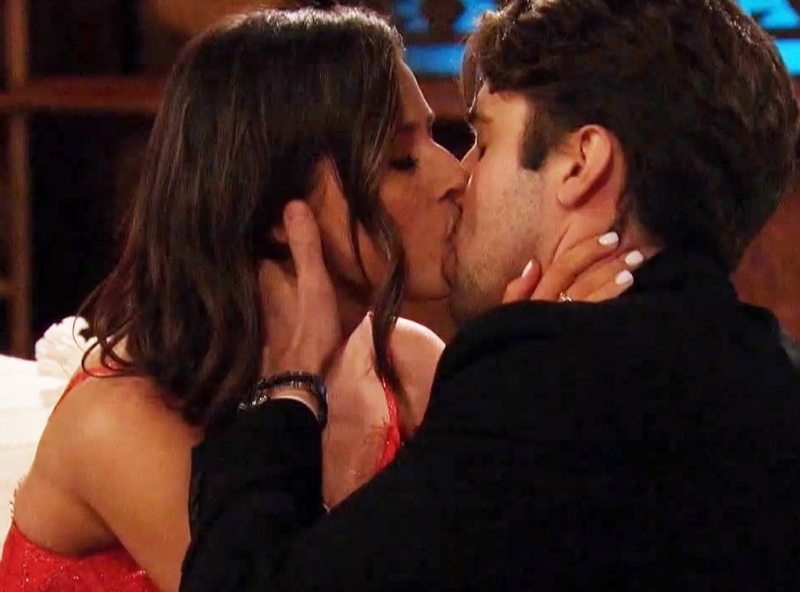Get to Know The Bachelorette's First Impression Rose Pick - E! Online
