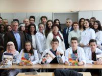 BNV donirao udžbenike za prvu generaciju srednjoškolaca koji uče na bosanskom