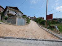 Počelo asfaltiranje ulice Humačka Ploča u Naselju heroja Sokolje