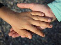 Kako da na suptilan način da privolite djecu da vam pomognu?