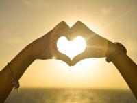 Potpuna osoba postajemo tek onda kada su u našoj blizini ljudi koji volimo!