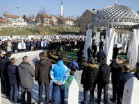 Komšić i Džaferović položili cvijeće na Kovačima: Sjećamo se najboljih sinova Bosne