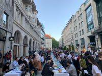 Iftar u centru Minhena okupio 1 000 osoba