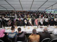 Nekoliko hiljada osoba prisustvovalo iftaru u Konjević Polju