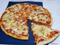 Video recept: Margarita pizza + domaći sos od paradajza