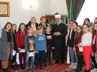Reisu-l-ulema Kavazović priredio prijem za djecu povratnika koji borave na raspustu u Sarajevu