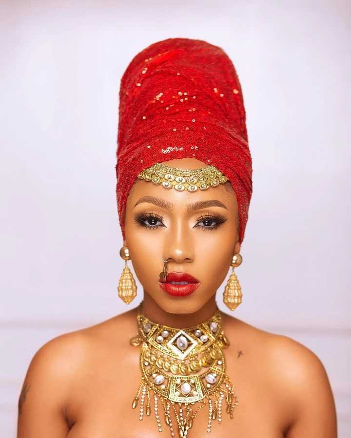 'King wey no get palace' - Nigerians drag BBNaija's Mercy for declaring herself a king