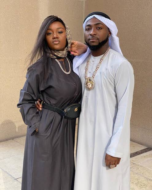 I will drag Davido to court If I were Chioma - Fan Says after Chioma deleted Davido's Picture