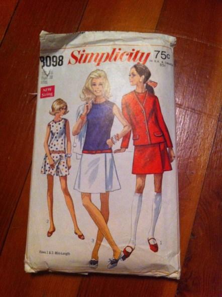 Simplicity 8098, copyright 1969