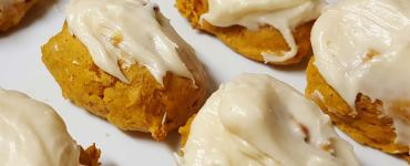Akram's Ideas : Pumpkin Spice Cream Cheese Frosted Pumpkin Cake Cookies