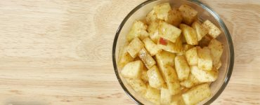 A super easy recipe for making your own homemade fresh apple pie filling, that can be used in pies to cakes to turnovers.