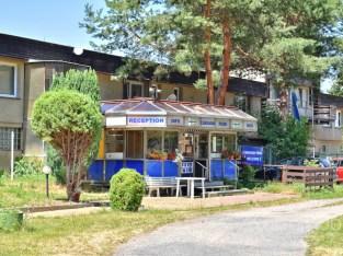 Caravan Park Yacht Club