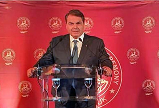 """Ο Δημ. Καμπόσος έγινε μέλος του Παγκόσμιου Club Ηγετών """"Global Club of Leaders"""""""