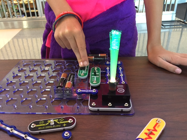 Snap Circuits- Firestone Park Branch