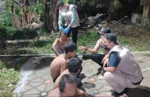Para Anak Punk itu sering meminta uang warga dan pengguna jalan di kawasan Simpang Gado-gado Selincah.