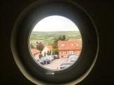Blick aus dem Treppenhaus-Fenster