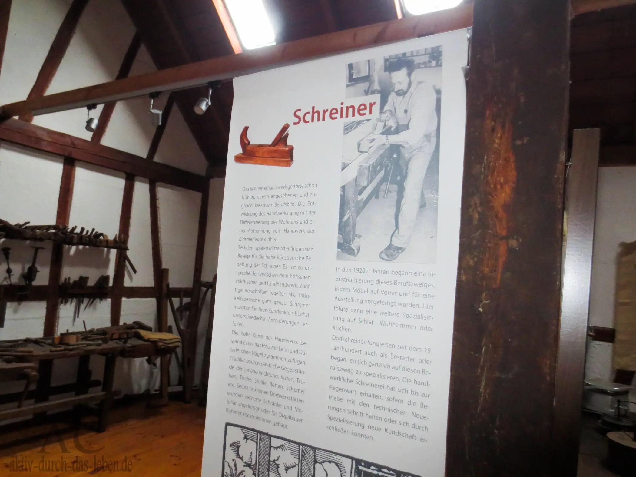 Das Schreinerhandwerk wird erklärt