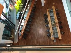 Blick von oben in den Bar-Bereich des Hotels