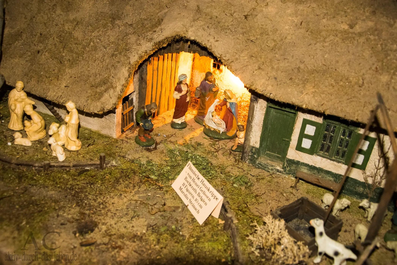 Eine flämische Hauskrippe von Henri Gelissen, Figuren von Marolin Steinach (Belgien)