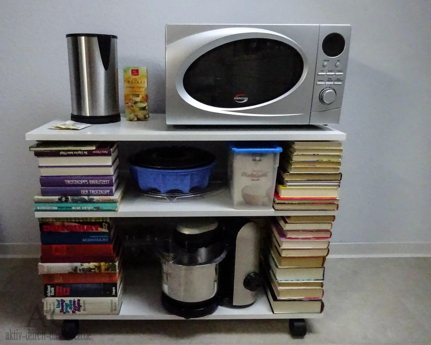 diy regal aus b chern 8 aktiv durch das. Black Bedroom Furniture Sets. Home Design Ideas