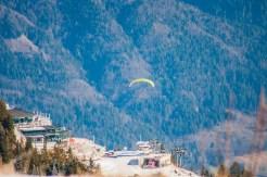 Nah am Brauneck-Gipfel liefen sie hinab und begannen zu fliegen.