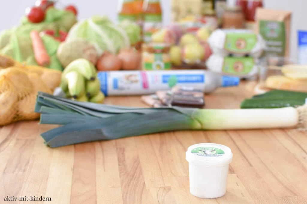 Unverpacktes Obst und Gemüse im nachhaltigen Einkauf