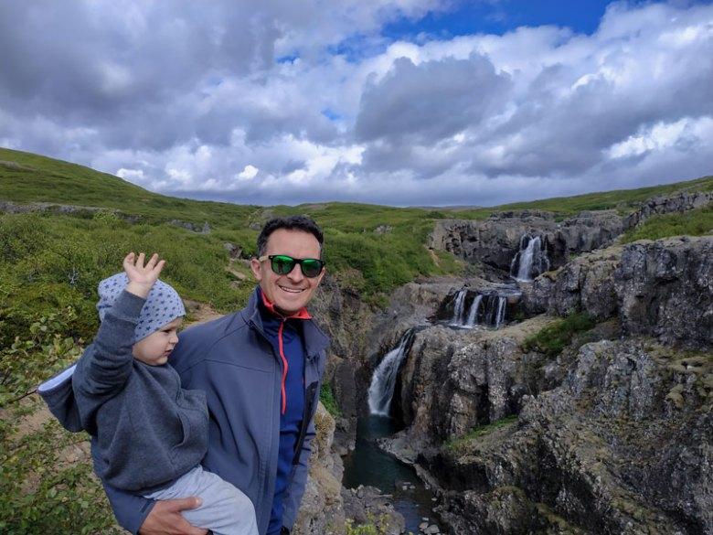 πεζοπορία με παιδί στην Ισλανδία