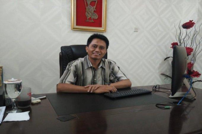 Rektor Institut Teknologi Telkom Purwokerto (ITTP), Jateng Ali Rokhman. (FOTO ANTARA/Wuryanti Puspitasari)