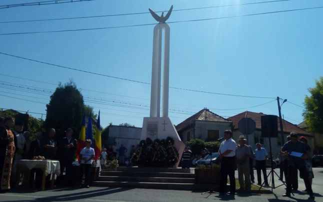 monument sat Limba