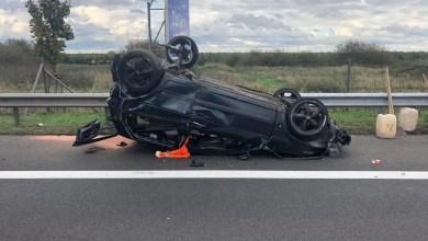Photo of Bei Unfall auf der Autobahn zwei Autofahrer zum Teil schwer verletzt