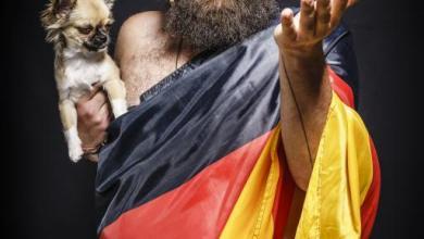 """Photo of """"Versteh einer die Deutschen!"""": Youtuber und Comedian aus Syrien kommt ins BGZ Süderelbe"""