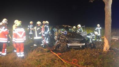 Photo of Zwei Verletzte nach schwerem Unfall bei Sauensiek