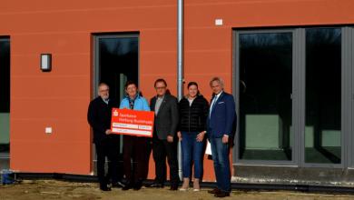Photo of Neu Wulmstorf-Stiftung sichert sich noch zwei Spendersteine von LeA