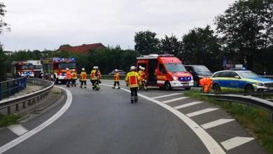Bild von Verunfallter PKW-Fahrer wird im Krankenhaus behandelt