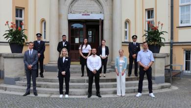 Photo of Berufsanfänger beim Hauptzollamt Hamburg legen los