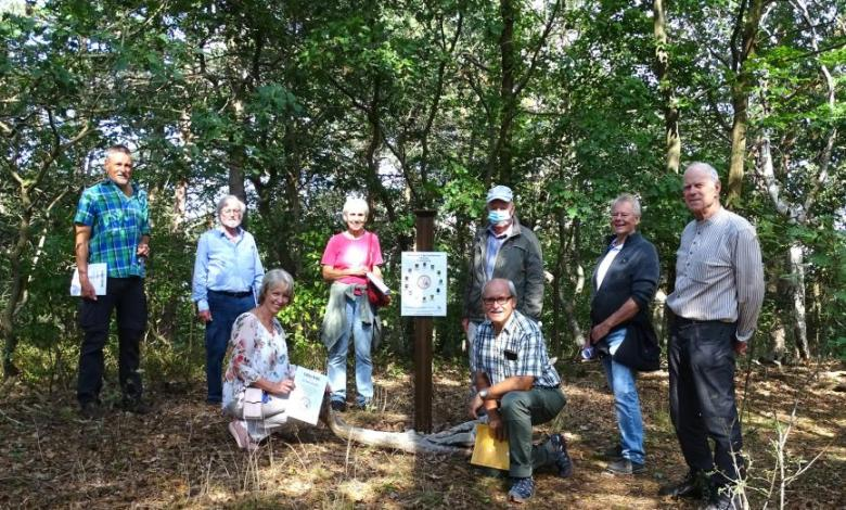 Bild von Erstes Treffen am Mittelpunkt des Landkreises Harburg mit Naturschutzstiftung