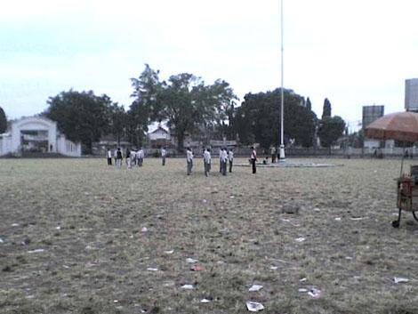 alun-alun juga sering digunakan untuk latihan PASKIBRA