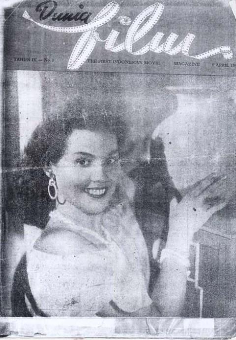 Dunia Fim Edisi 1 April 1955