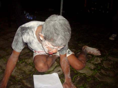 Performance art dari Komunitas Anakseribupulau