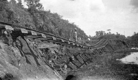 Akibat gempa tahun 1926