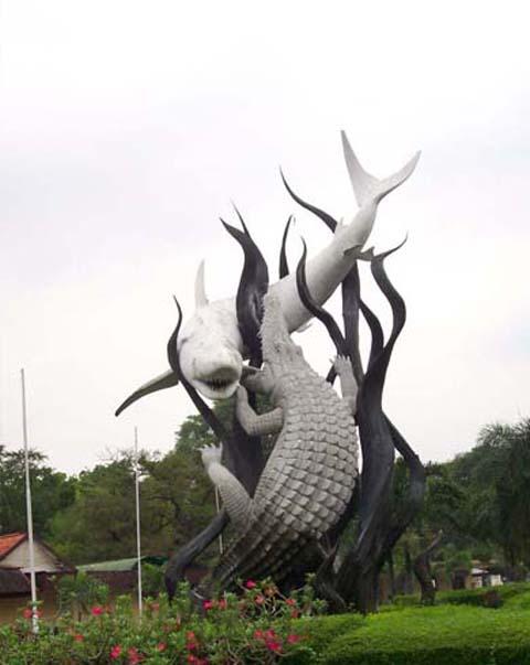 Asal nama Surabaya adalah
