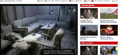 Salah satu rumah warga tertutup abu vulkanik Merapi.