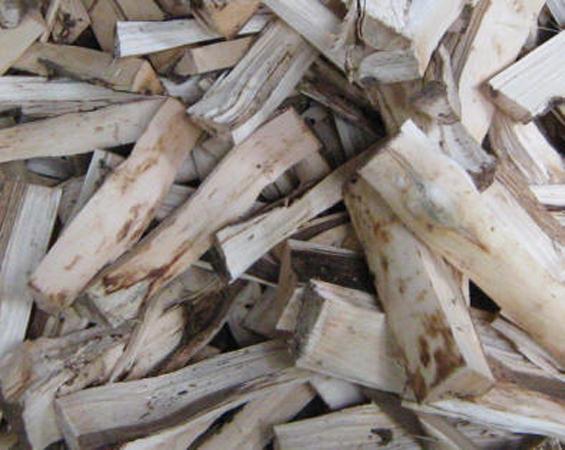 Kayu Gaharu (Agarwood). Gambar diakses dari Wikipedia http://id.wikipedia.org/wiki/Gaharu