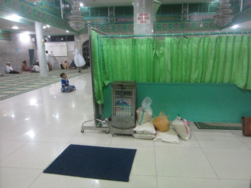akumassa_zakat fitrah di masjid ar-rahim_16