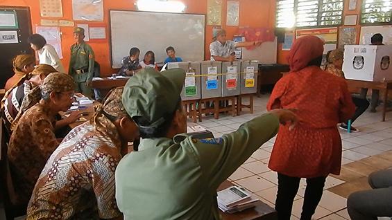 akumassa_pemilu tiga saudari_09
