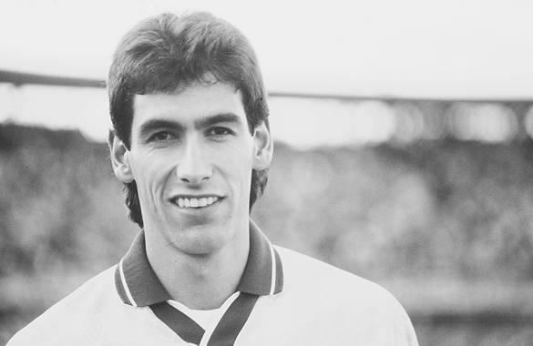 Andrés Escobar (Gambar diakses dari http://www.futbolred.com/contenido/liga-postobon/noticias/pretemporada2011ii/IMAGEN/IMAGEN-9783864-2.jpg)