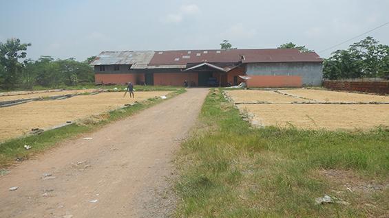 Salah satu pabrik penggilingan beras yang berada di Dusun Wates.