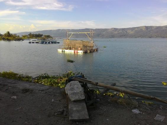 KJA atau Bagan (jenis alat tangkap ikan).