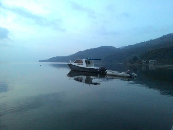 Penampakan kapal patroli di Danau Singkarak.