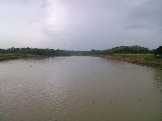 Watershed from Ciujung River to the Serang, seen from Dam Pamarayan.